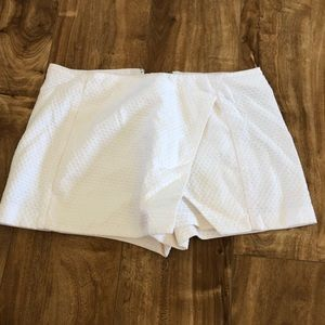 Lilly Pulitzer White Skort